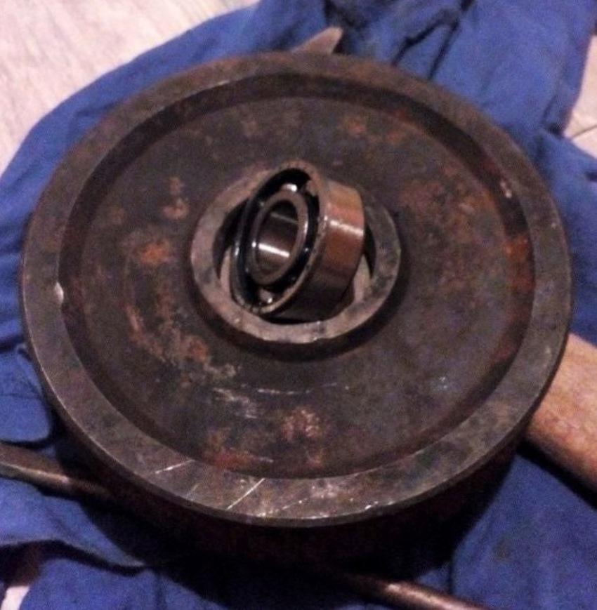 Ổ trục được lắp đặt vào bánh xe