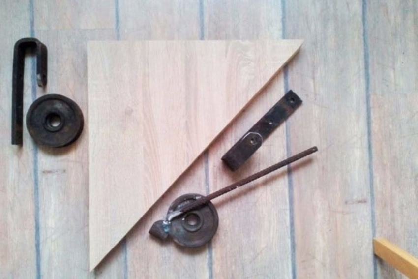 Các vật liệu cần chuẩn bị để làm máy uốn ống tự chế